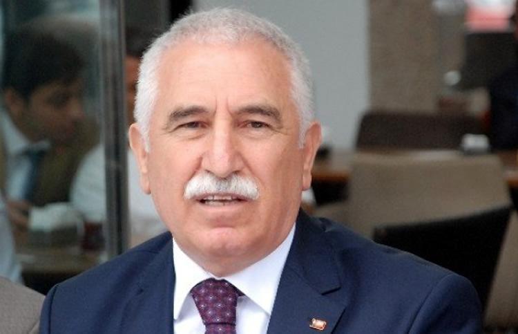 KADİM DURMAZ'DAN ATATÜRKSÜZ 30 AGUSTOS'A TEPKİ!